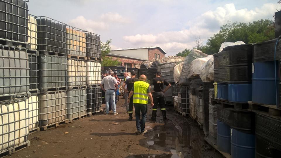 BDO w zakładach stolarskich, punktach przetwarzania stali i zakładach produkujących obudowy z tworzyw sztucznych i metali a BDO